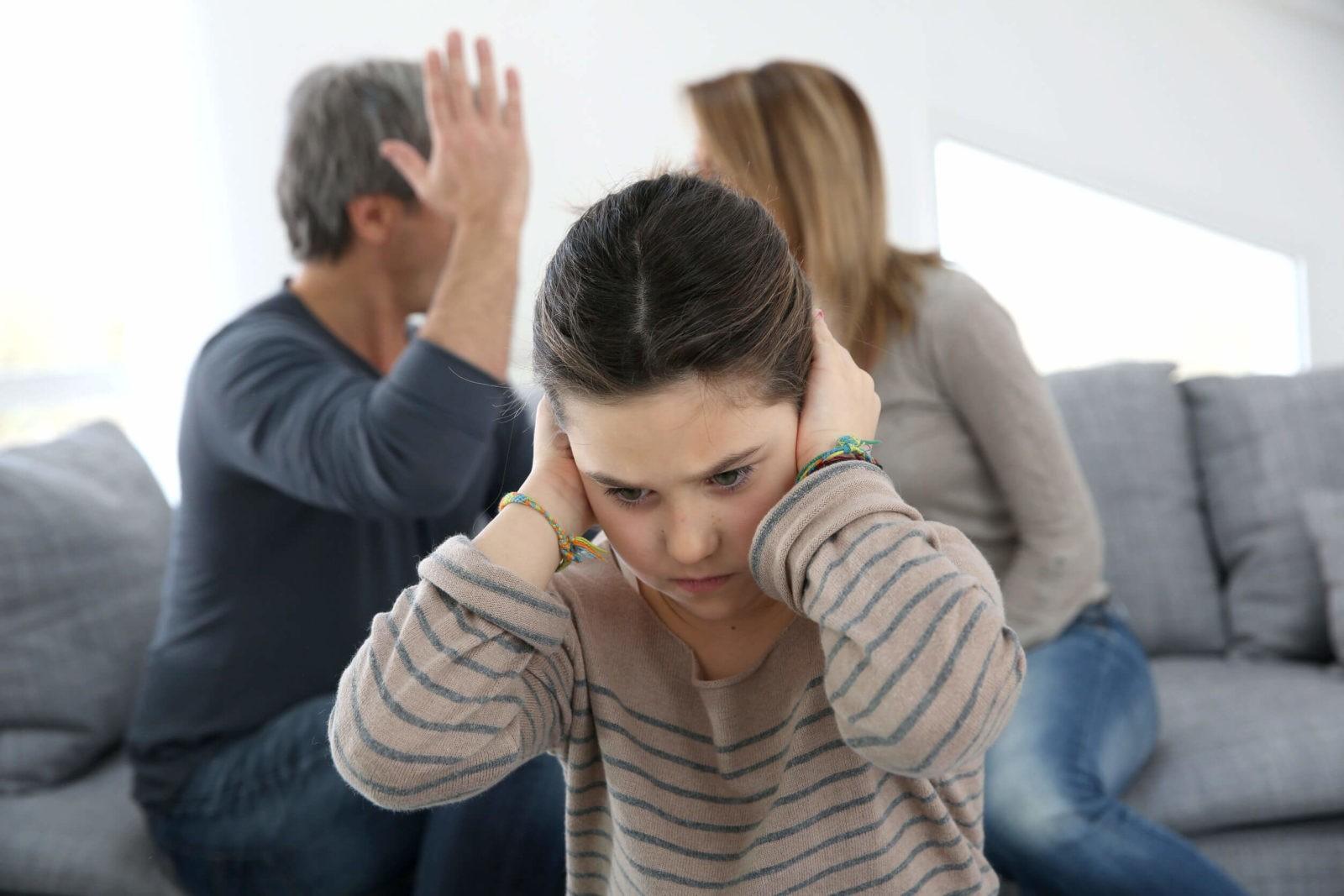 Что делать маленькому ребенку, если родители часто ругаются