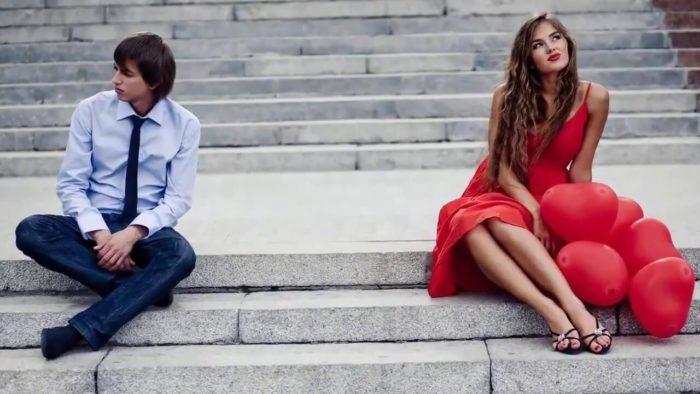 Как реагируют на обиду женщины разных знаков