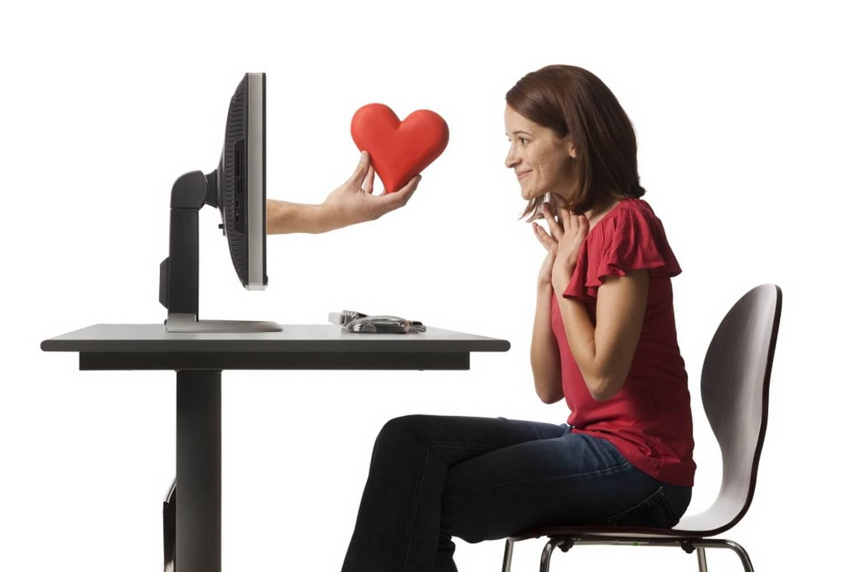 Как правильно познакомиться с девушкой в интернете
