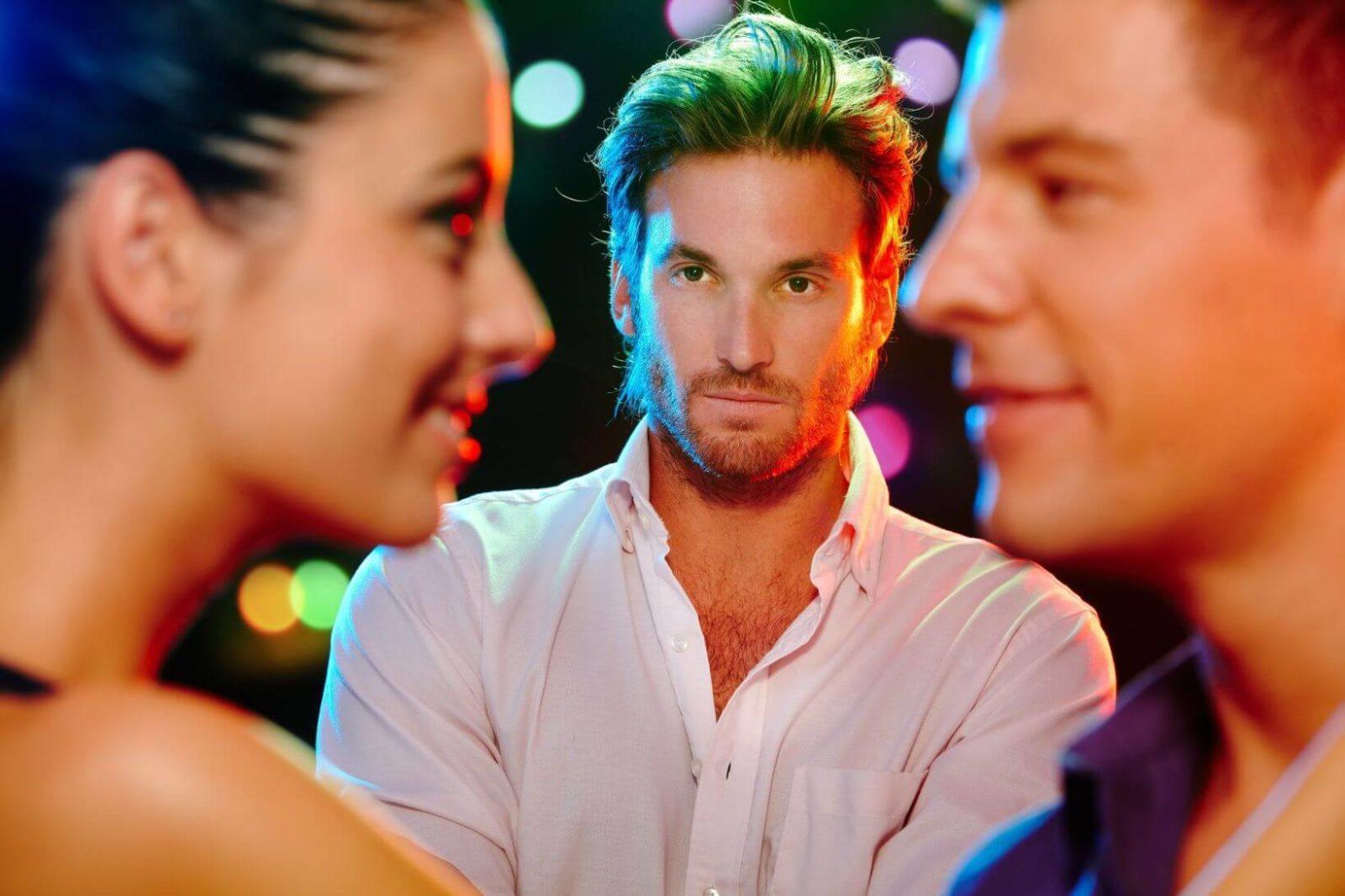 Что делать, если любовник ревнует к мужу