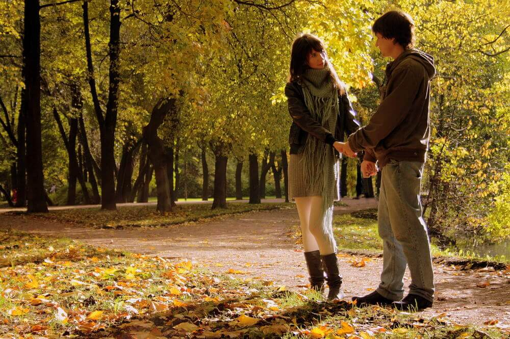 О чем поговорить с девушкой на прогулке