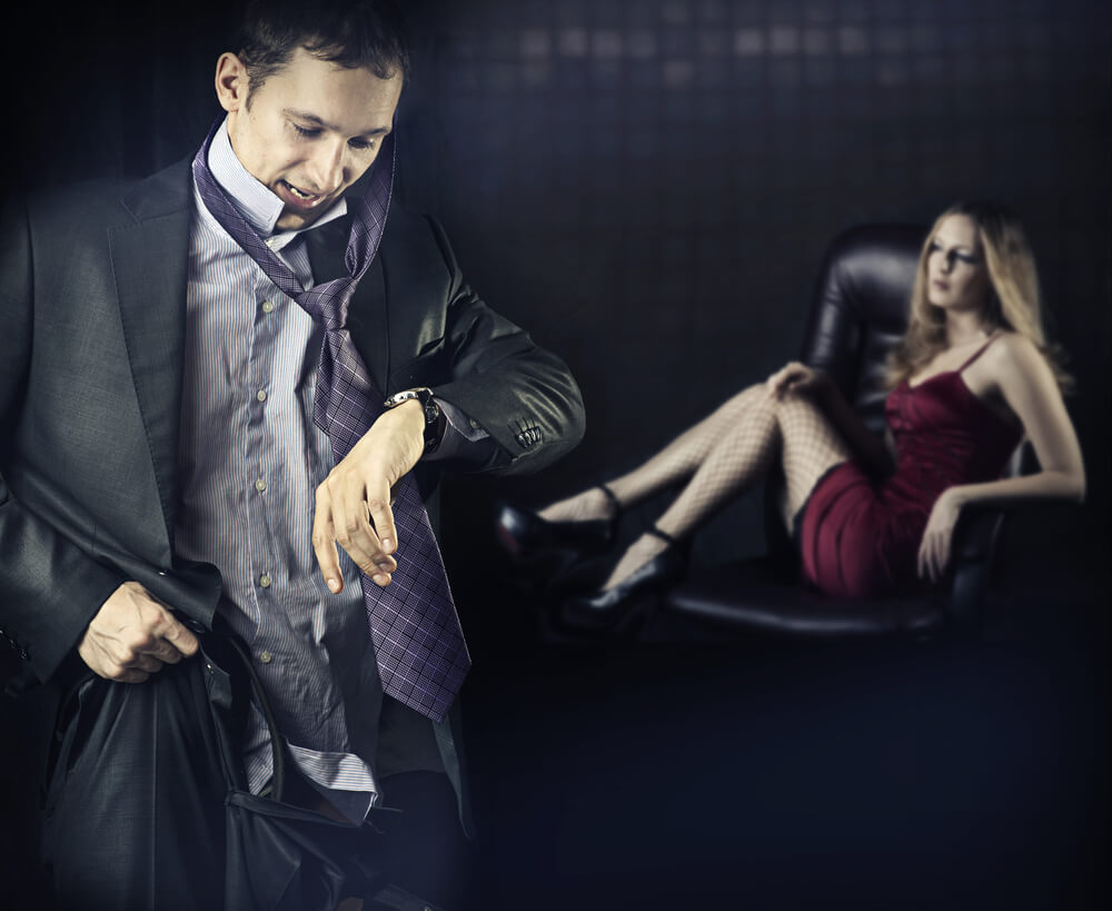 Почему мужчины изменяют своим женам