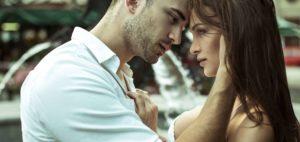 Первые признаки мужской влюбленности
