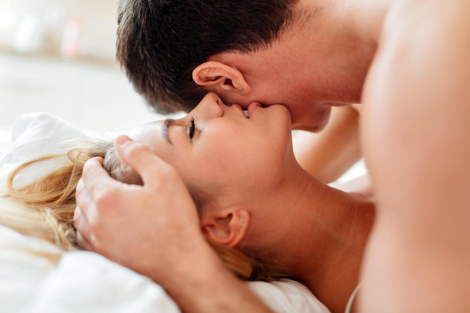 Как вести себя с мужчиной после секса