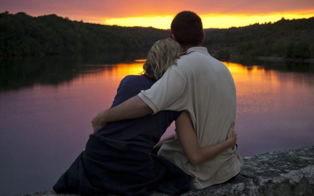 Зависимые отношения между женщиной и мужчиной