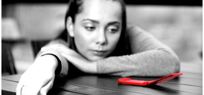 Что делать, если парень не пишет и не звонит