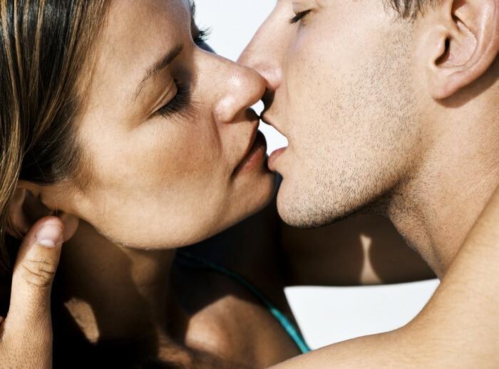 Легкий поцелуй