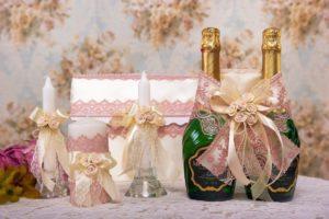 Бутылка свадебного шампанского