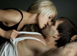 Совместимость мужчина-Козерога и женщины-Рака в постели
