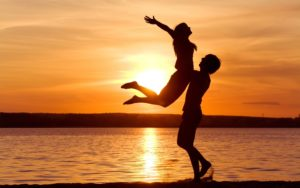 Совместимость женщина-Телец и мужчина-Рак в отношениях