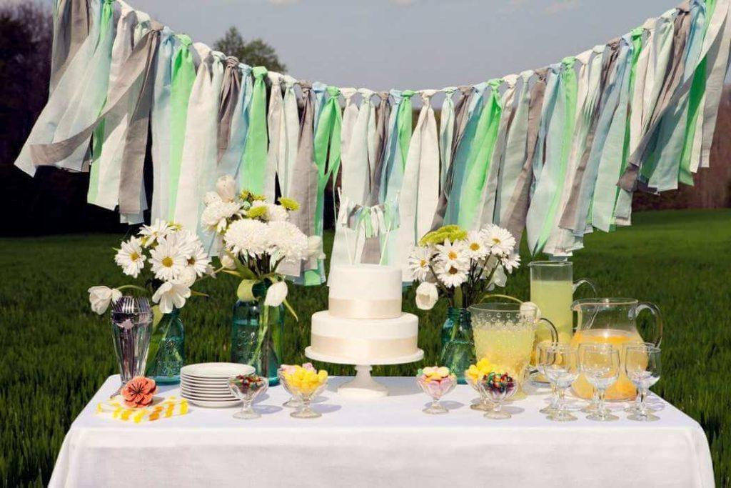 Декор стола на ситцевую свадьбу