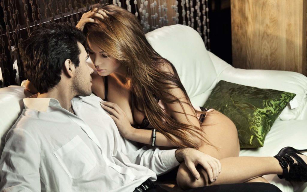 Мужчина-Стрелец и женщина-Козерог в постели