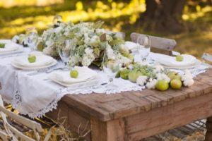 Оформление стола для эко свадьбы