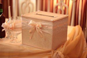 Свадебный сундук из коробки для обуви