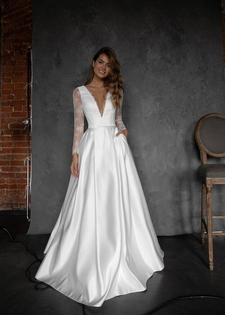 Атласное свадебное платье, вариант 15