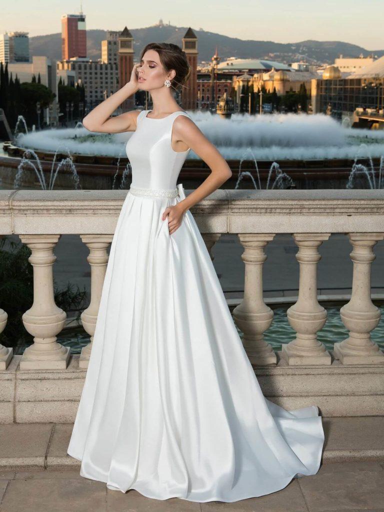 Атласное свадебное платье, вариант 18