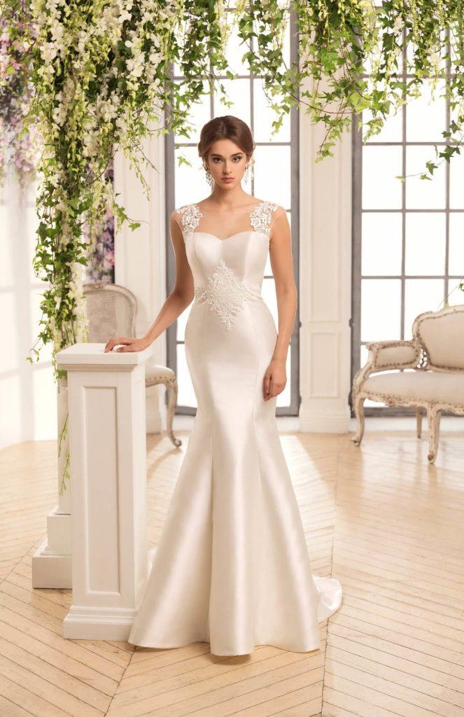 Атласное свадебное платье, вариант 17