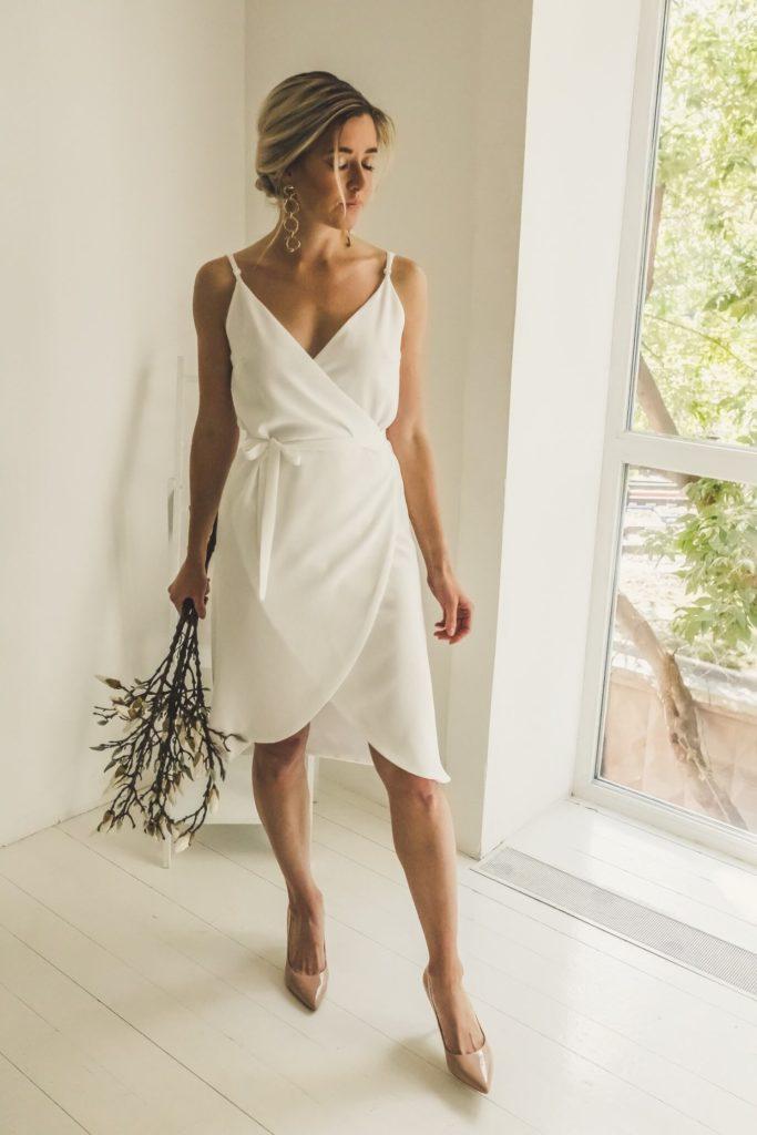 Атласное свадебное платье, вариант 2