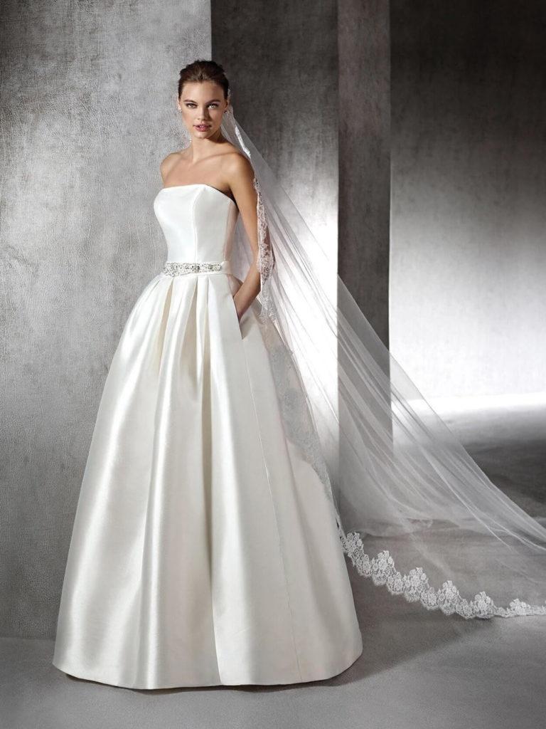 Атласное свадебное платье, вариант 8