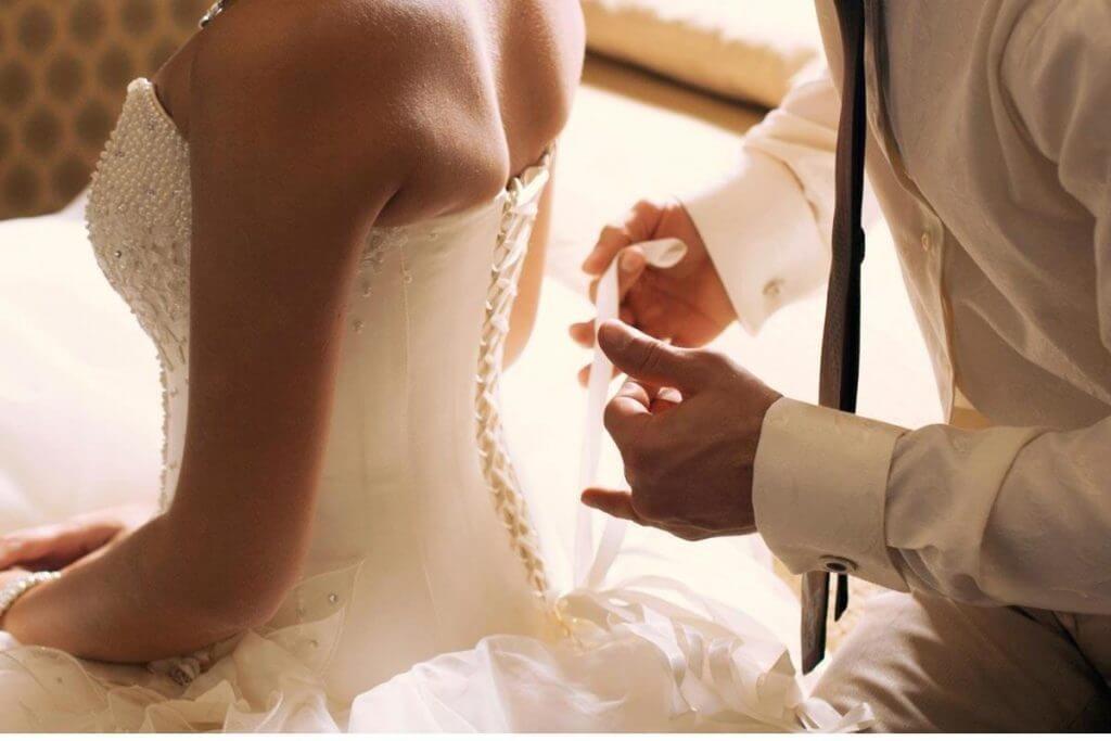 Молодожены брачная ночь