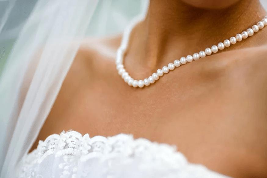 Бусы для невесты