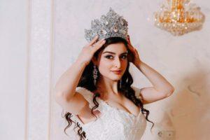 Свадебный образ с короной