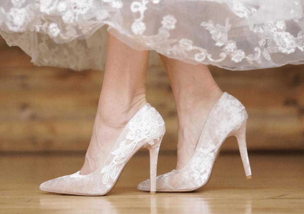 Свадебные туфли лодочки