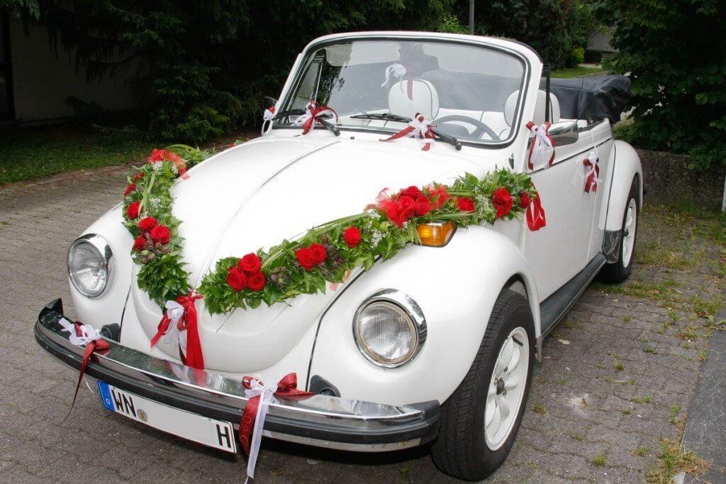 Свадебные украшения автомобилей