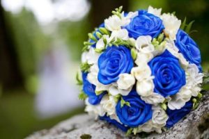Свадебный бело-синий букет