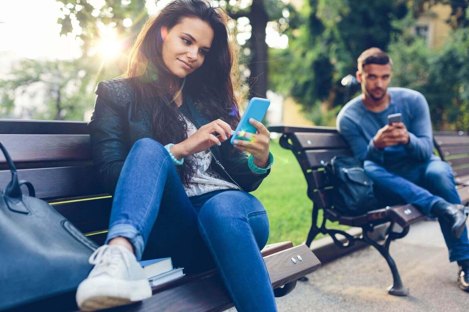 Как вести себя с девушкой при знакомстве